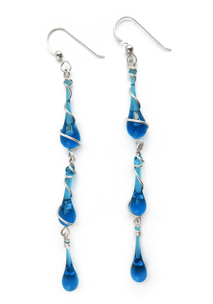 Make a dramatic statement wherever you go with these irresistible long dangle earrings