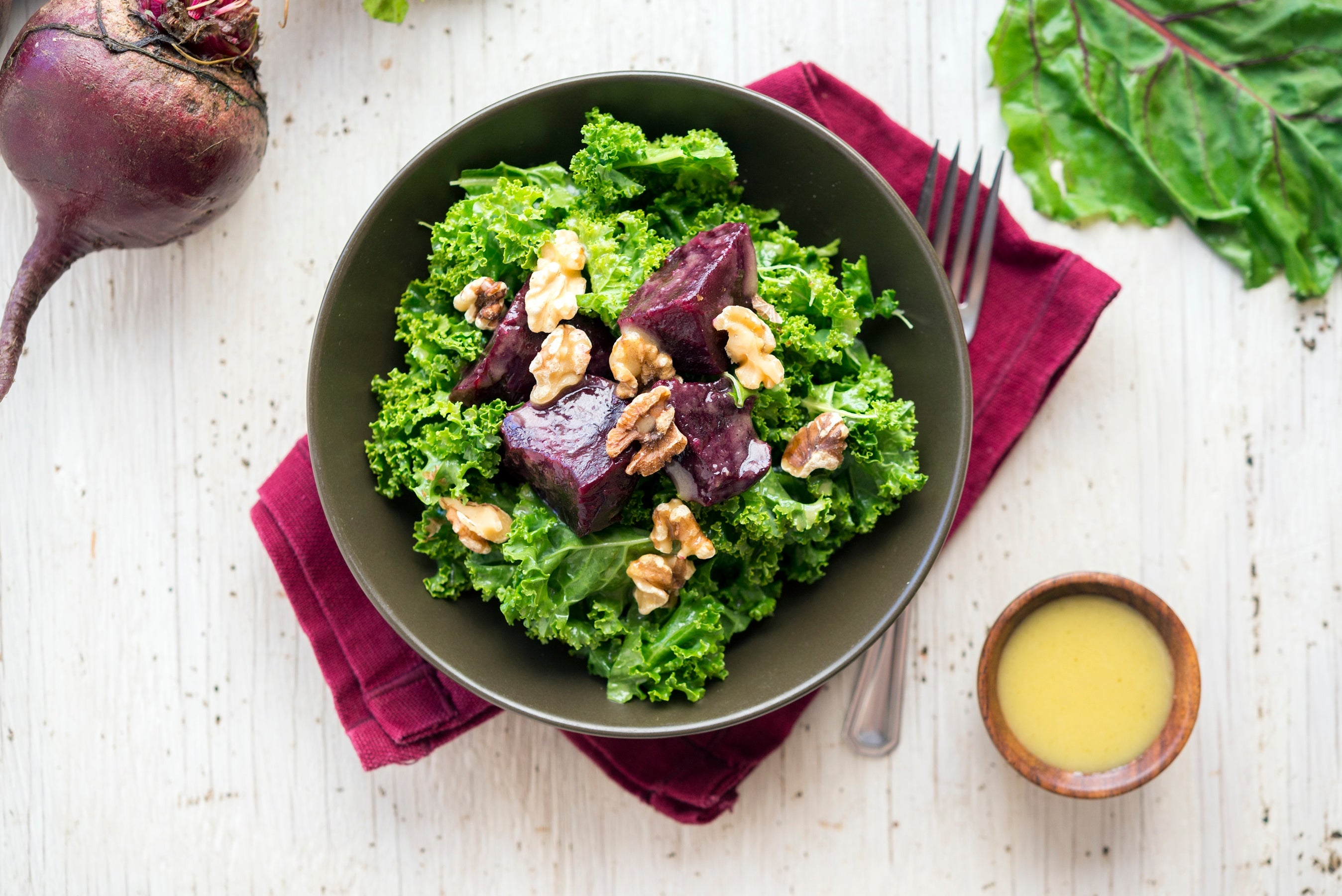 veestro foods beet and kale salad.jpg