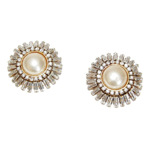 Fabulous Chanel Haute Couture vintage pearls & crystal earrings