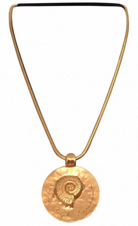 YSL Vintage Simple & beautiful shell pendant by Goossens