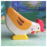 Holztiger Hen, pecking - Little Earth Farm