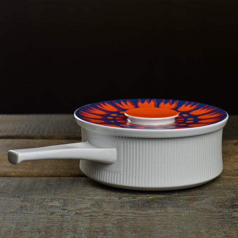 1970's Thomas Casserole Dish with a Handle