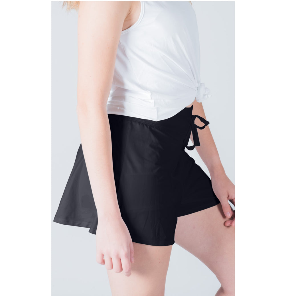 Court Short - Black