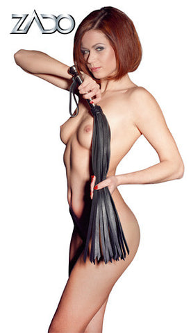 Wide Strap Leather Flogger