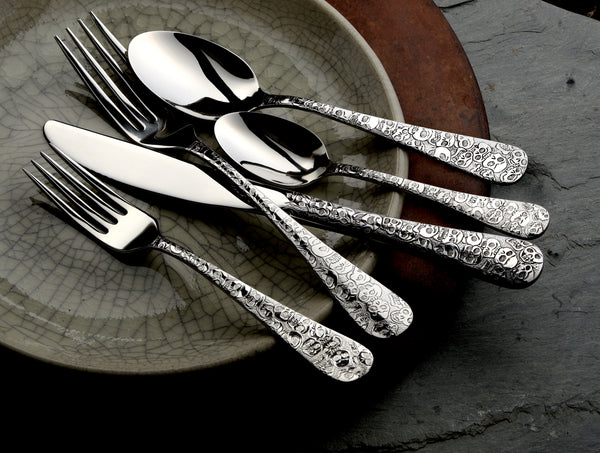 Calavera (Skull)- 65 Piece Set - Flatware 360 Cookware