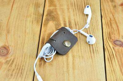 Leather Headphones Holder, Cable Organiser - Exinoz