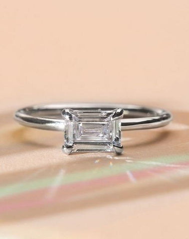 ILA Emerald Cut ring in white gold