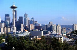 Seattle skyline with the Spaceneedle and Mt Rainer.