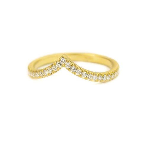 Samantha Louise star tracer ring with diamonds all along rim