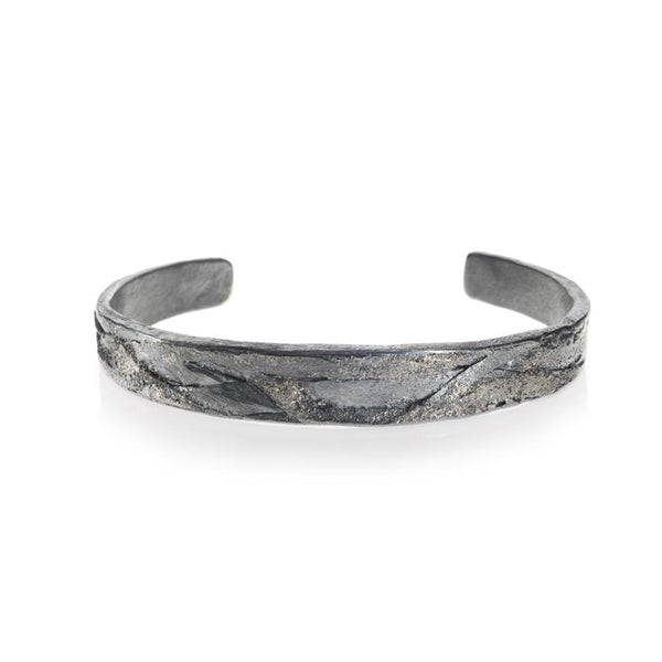 Men's organic cuff bracelet in palladium and sterling silver with patina