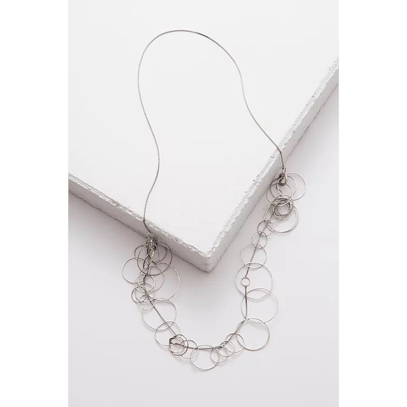 Zuzko 3 in 1 necklace with large silver circles in semi circle