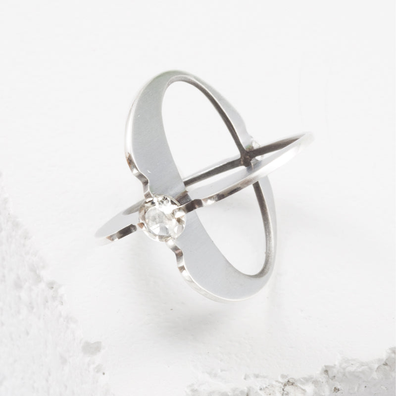 Zuzko Clutch Atom ring in oxidized sterling silver with one round large white topaz centerpiece