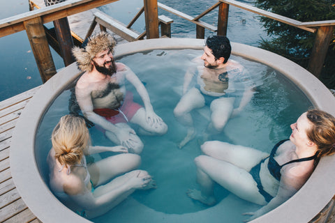 people-in-hot-tub