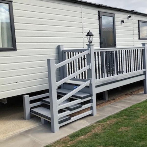 6' x 4' Platform Superior Kit Form Deck with Steps & Gate