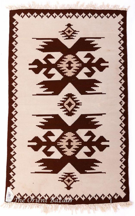 The Orient Bazaar - Symmetrical Pattern Bulgarian Kilim Rug - 1