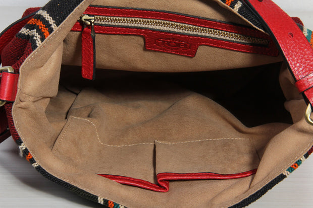 Red Hobo Shoulder Bags