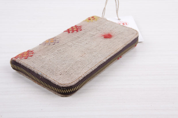 Vintage Kilim Wallet - Stylish Cream With Patterns