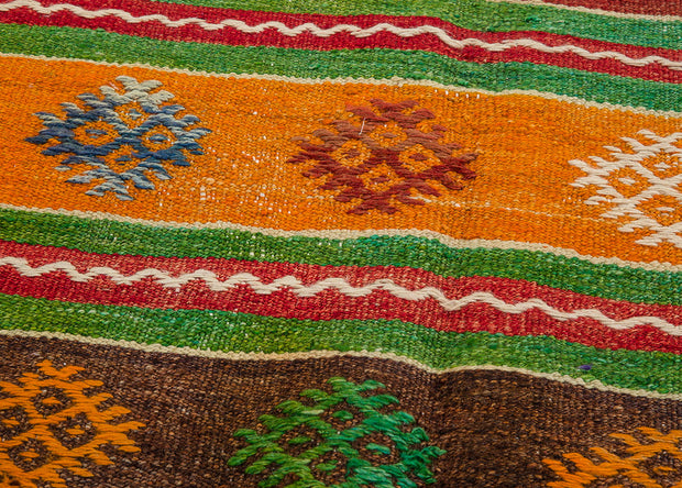 Traditional Vivid Colored Distressed Rug