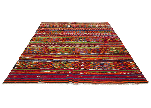 Traditional Area Rugs