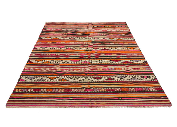 Traditional Area Rug