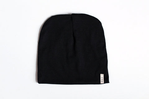 The Essential Slouch Beanie | Black