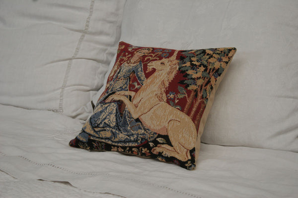 SIGHT -THE LADY & THE UNICORN -FLEMISH TAPESTRY CUSHION COVER