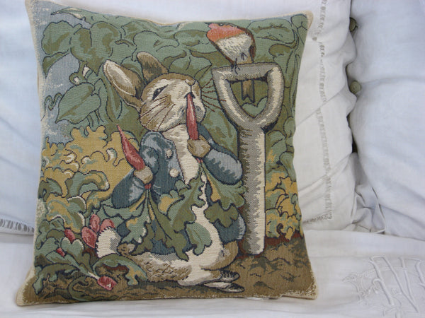 PETTER RABBIT - BEATRICE POTTER - CUSHION COVER