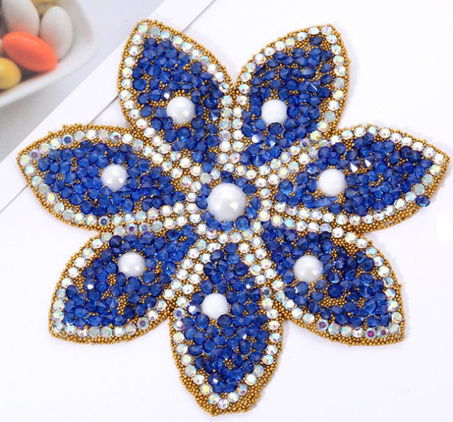 Hotfix Iron On Crystal Motif Pre-Made Crystal Flower Design