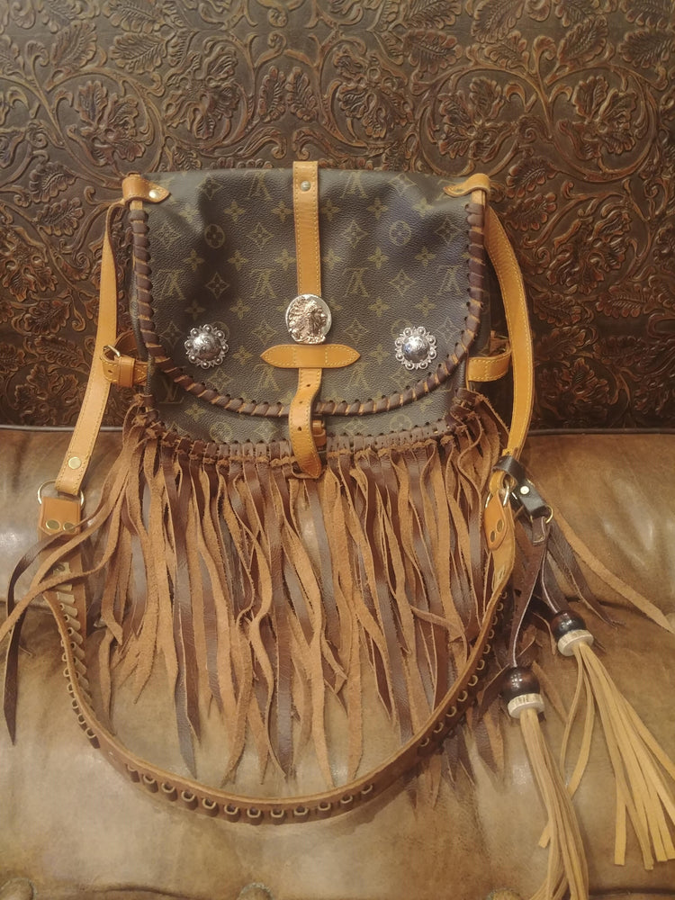 Indian Head Fringe Purse
