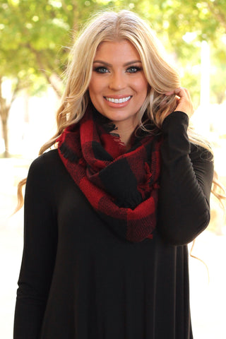 Woven Plaid Infinity Scarf | Black/Red