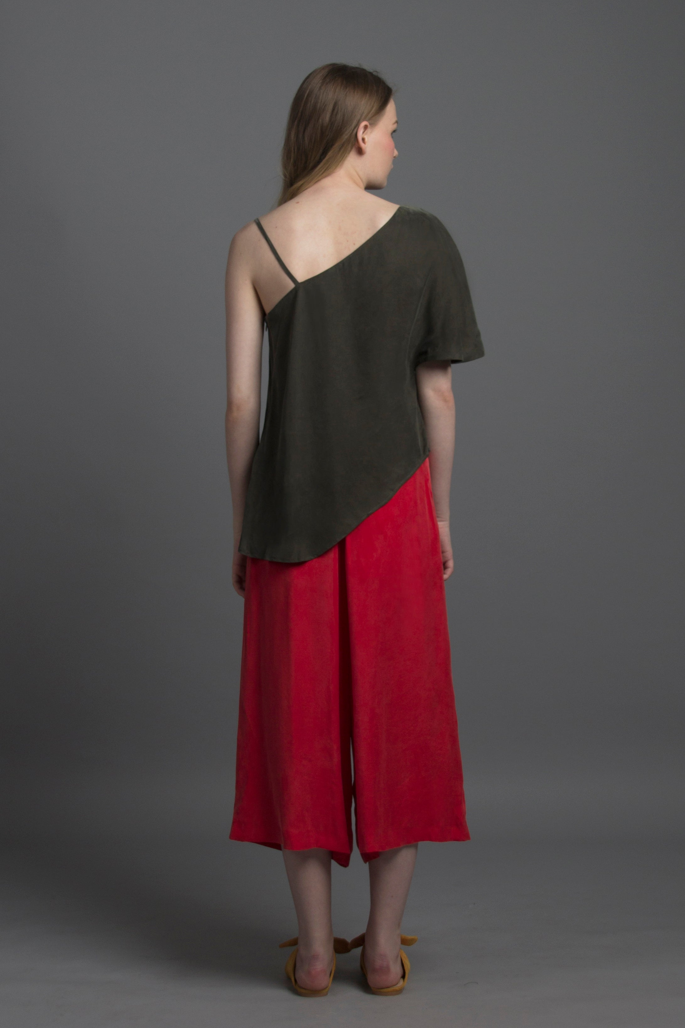 Asymmetrical Spag Top (Olive)