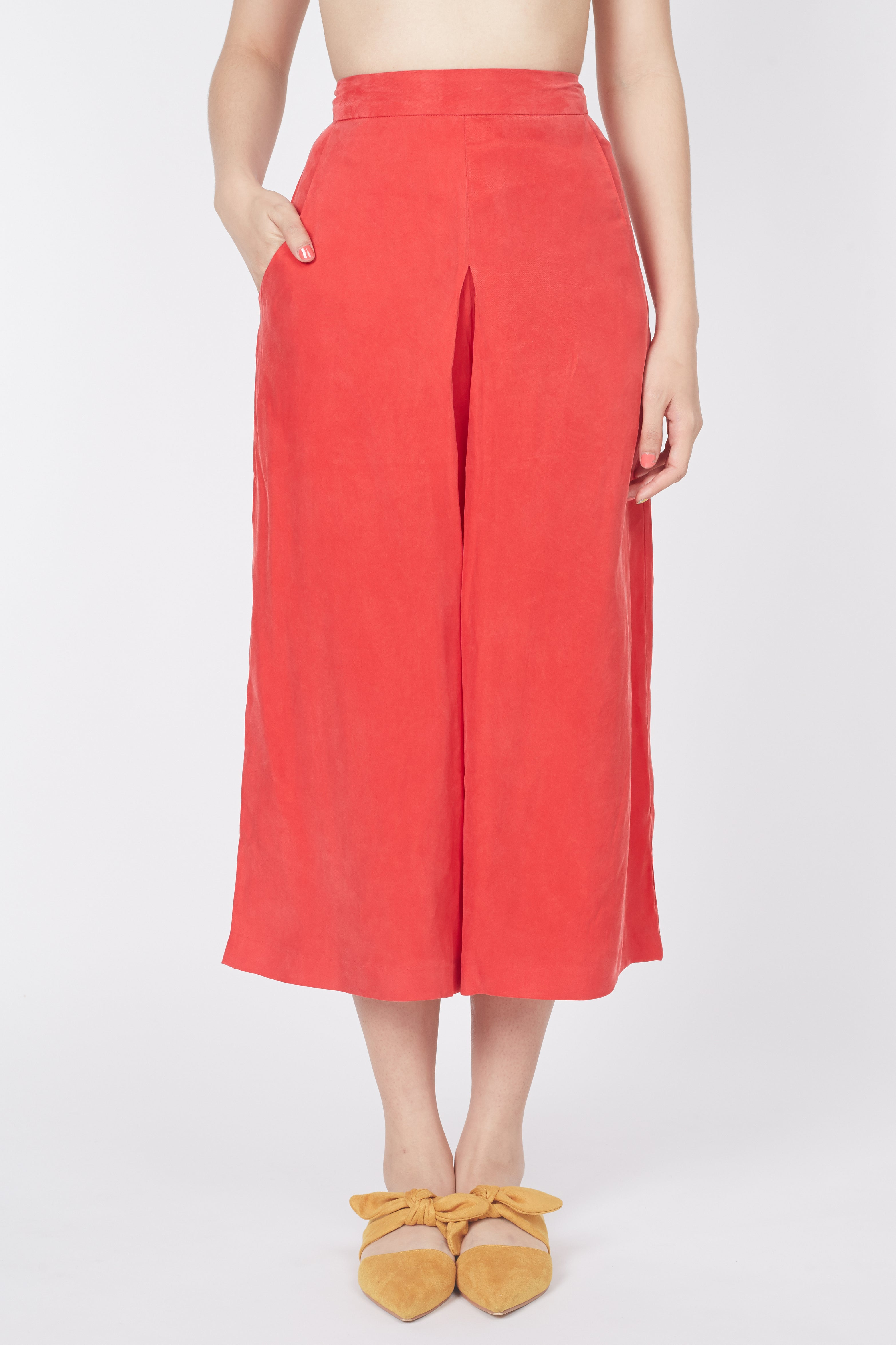 Mid Fold Pants (Cherry) *Tencel Range*