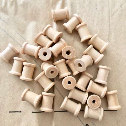 Mini Wood Thread Spools 30 Pieces