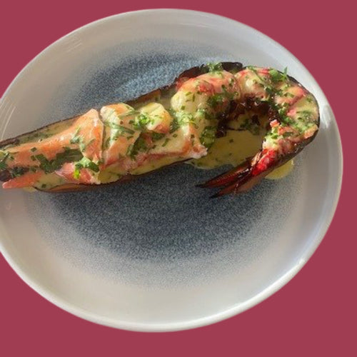 TEMPURA LOBSTER CLAW SERVED WITH RAPESEED OIL & SEAWEED EMULSION
