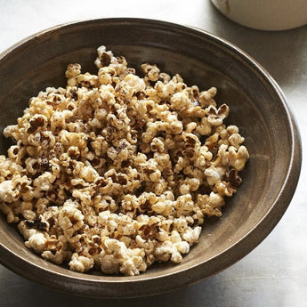 Dulse Popcorn with Maple Syrup