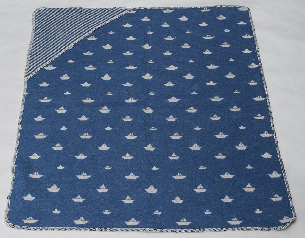 david fussenegger juwel hooded blanket sailboats blue