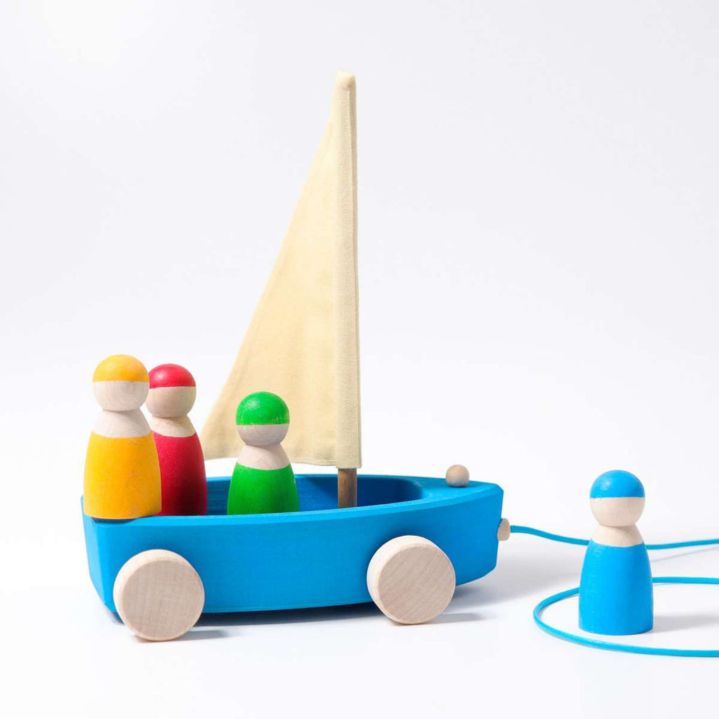 Large Land Yacht Pull Toy with 4 Sailors