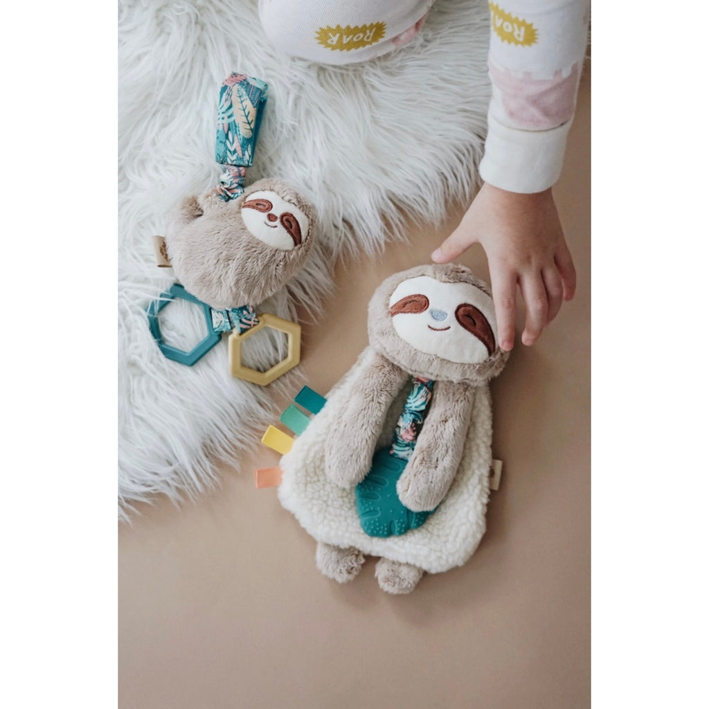 Ritzy Jingle™ Sloth Attachable Travel Toy