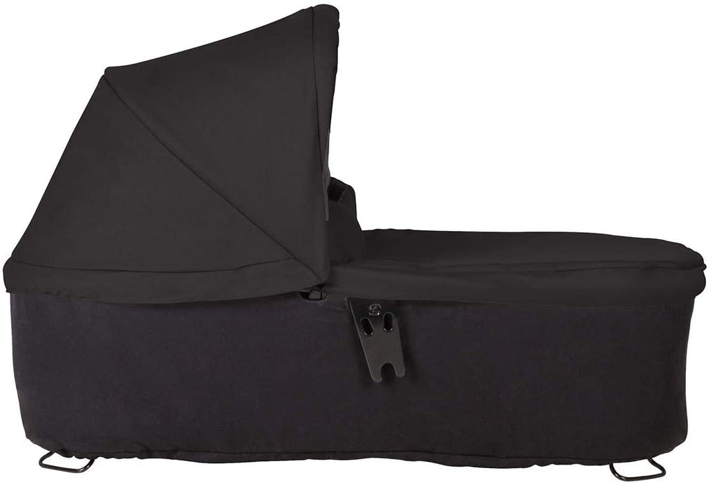 mountain buggy carrycot plus duet