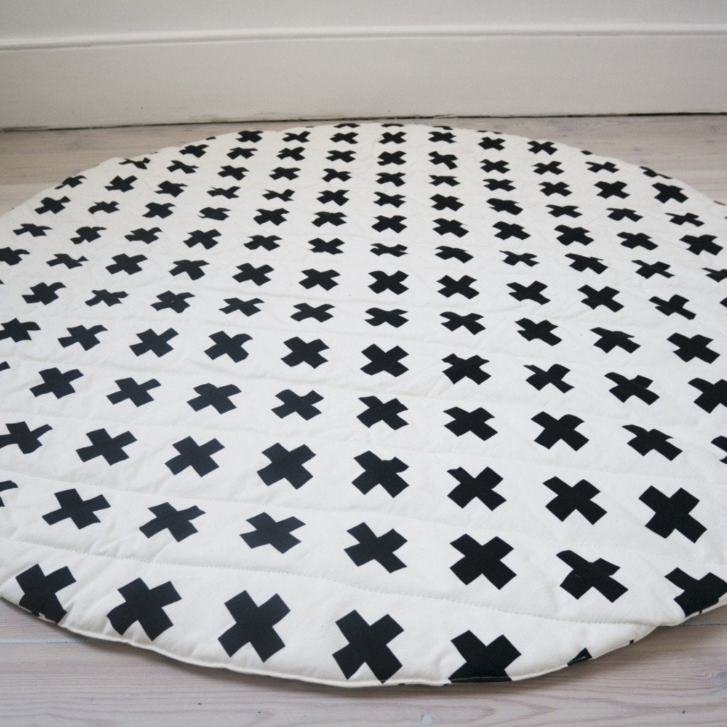 wildfire teepees play mat with storage bag cross stripes