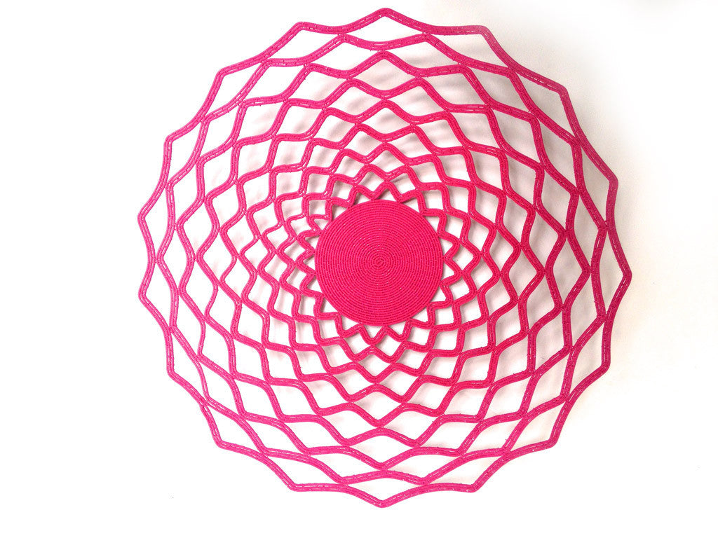 Large Wire Lace Platter in Pink
