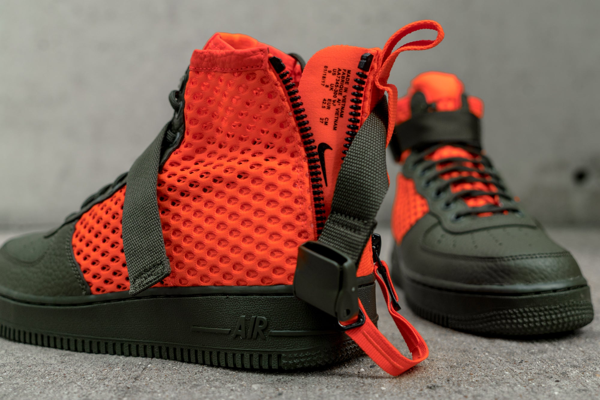 Now Available: Nike Special Field Air Force 1 Mid Cargo