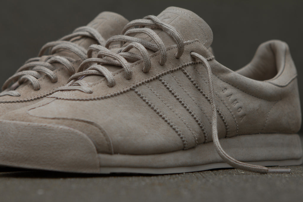 Adidas Originals x Woodie White Samoa 'Pigskin Pack' - Vapour Grey Closeup