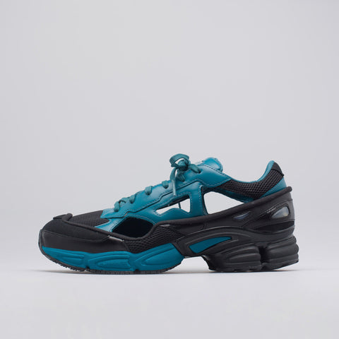 Adidas x Raf Simons Replicant Ozweego in Core Black/Teal - Notre