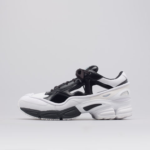 Adidas x Raf Simons Replicant Ozweego in Black/White - Notre
