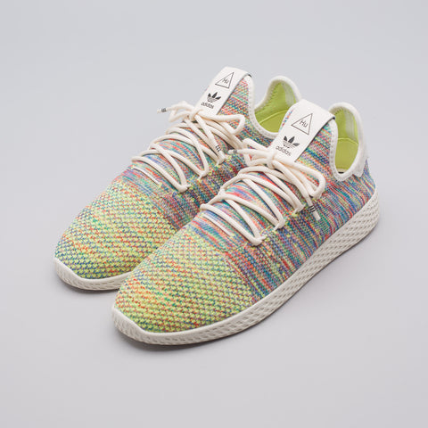 adidas x Pharrell Williams Tennis Hu Primeknit in Multi - Notre