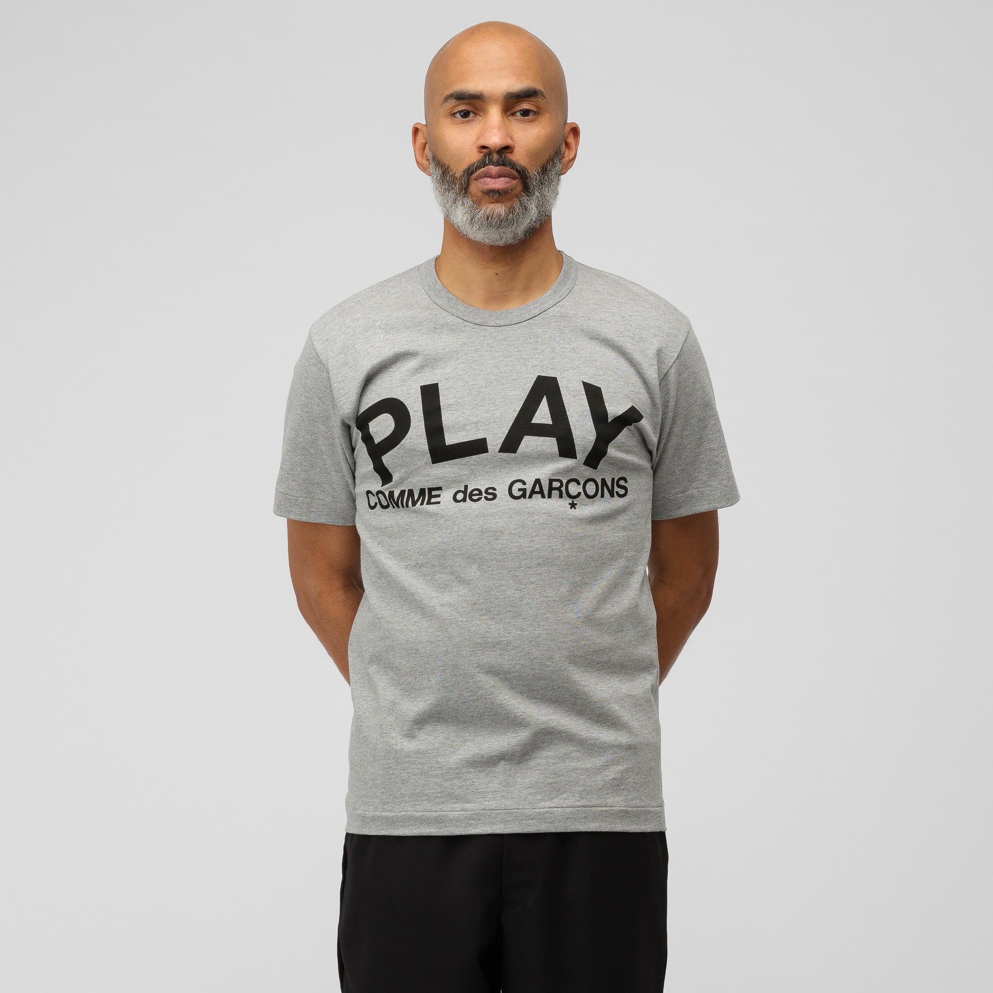 Play T-Shirt in Gray