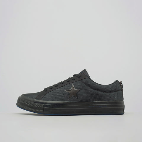 Converse x Carhartt WIP One Star Ox in Black - Notre
