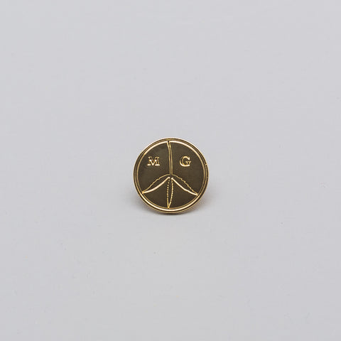 Mister Green Peace Pin in Brass - Notre