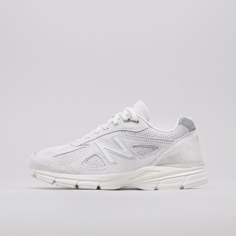 New Balance M990AF4 in Grey - Notre